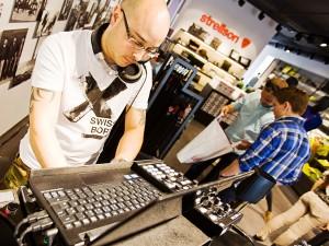 dj-musik-technik-modern-geschäft-shopgestaltung-strellson-veranstaltung