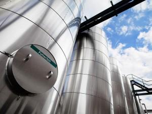 industriefotografie-gewerbegebiet-metall-fabrik-silos
