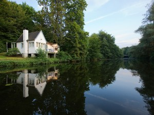haus-am-see-aasee-villa-ruhig-objektfotografie-natur-sommer
