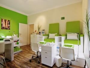 Raum mit Einrichtung für Arztpraxis