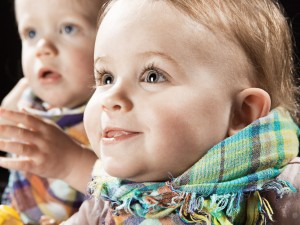 Kinder Fotoshooting, Kleinkind mit glitzernden Augen
