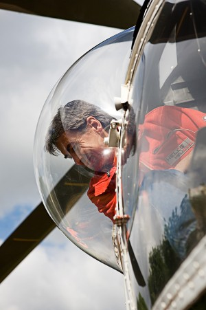 Eventfoto eines Piloten im Cockpit