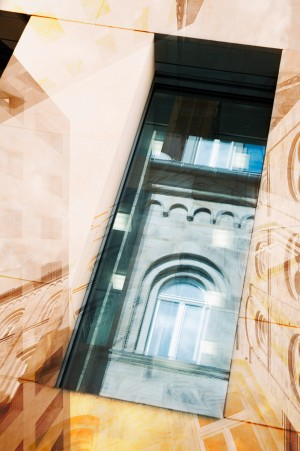 Bildbearbeitung, moderne Collage und Überblendung zweier Motive aus der Architektur