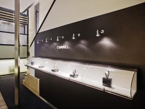 Werbetechnik, Gestaltung des Interiors um Glasvitrinen herum
