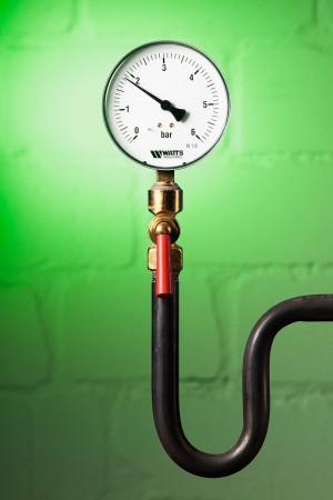 Industriefoto Armatur für Druckmessung