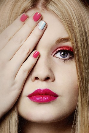 Extrem Makeup in rot