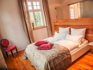 Objektfotografie, Hotelzimmer mit Bett