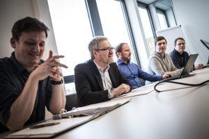 Firmenportrait, Meeting im Konferenzraum