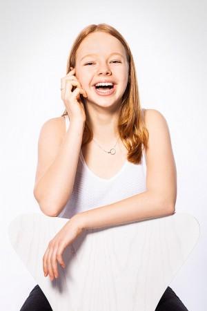 Portraitfoto Mädchen fröhlich