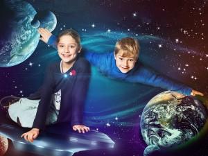 Foto Composing Kinder im Weltall, Lustig